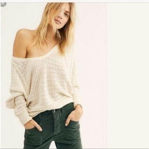 Free people thien hacci v neck lvory top